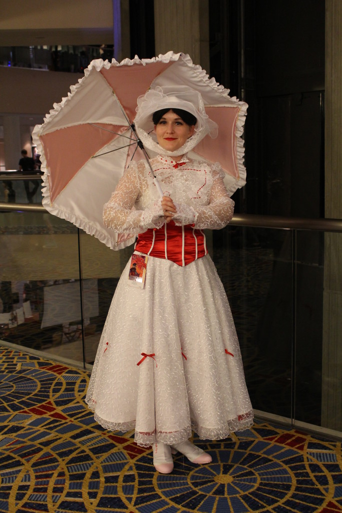 In all this crazy sci-fi costumes, we have to love the sweet and beautiful Mary Poppins