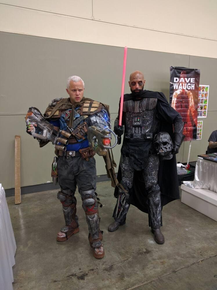 Nice to see less well known characters at the show. Here Cable hangs out with a villian from the Star Wars universe.