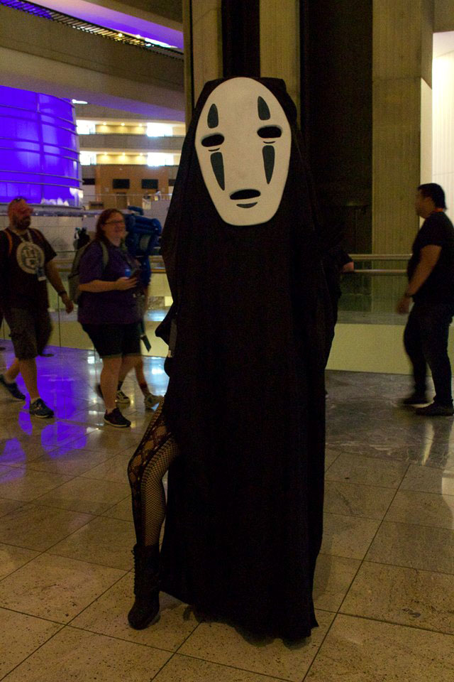 We choose to end our DragonCon 2017 photo section with this sexy Spirited Away cosplay. Your nightmares will thank us!